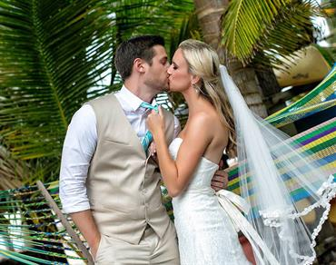 How to Successfully Organize Your Own Belize Destination Wedding