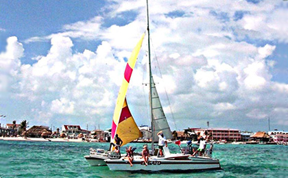 Sailing/Snorkeling at San Pedro Ambergris Caye Belize